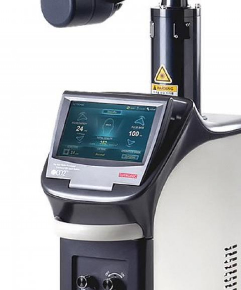 Máy eCO2 Lutronic - phòng khám Doctor Acnes